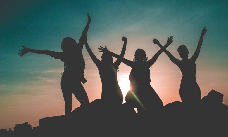Kızlara Sormak İçin Doğruluk Mu Cesaret Mi Soruları